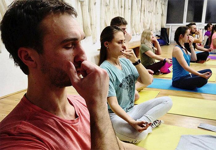 упражнения в группе