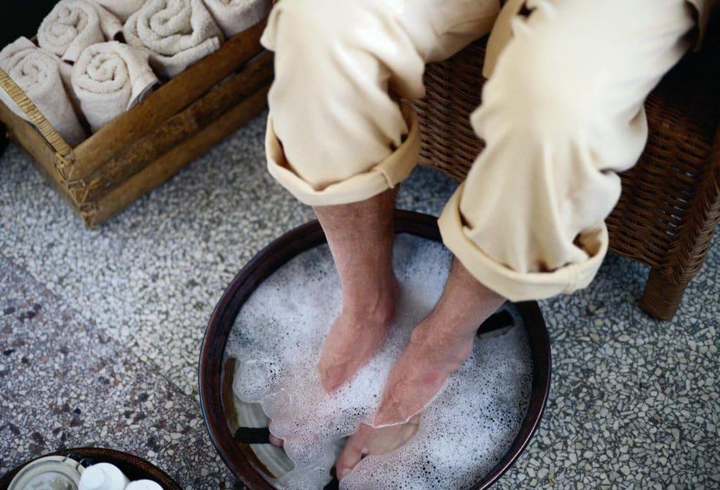 Ванночки с яблочным уксусом от грибка ногтей