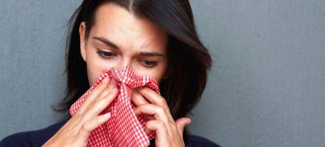 Как избавиться от заложенности носа без лекарств: важно найти причину