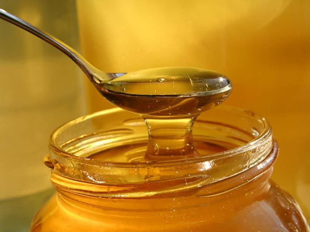 Мед с отваром лука от папиллом